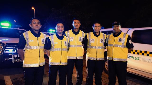 PLUS Ronda_L-R_ Muhammad Rafiuddin Bin Sallehuddin, Mohd Norhamzah Bin Mazlan, Mohd Faiz Bin Md Arshat, Mohamad Hafizuddin Bin Rohalim, Zamri Bin Muhamad